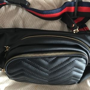 Large Black Chevron 3 zip Fanny Pack